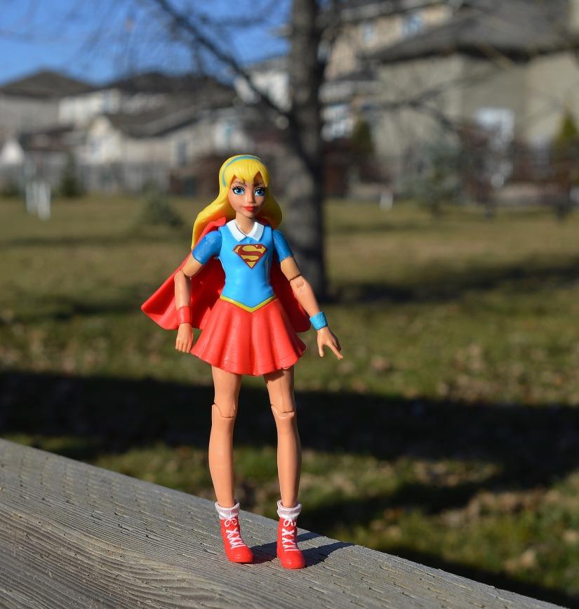 supergirl-1801646_1920